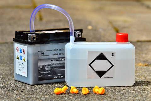 Motorrad Batterieladegerät